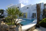 Kivotos - Mykonos Hotel with a private beach
