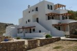 Sahas - Mykonos Rooms & Apartments that provide shuttle service
