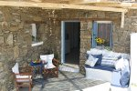 Helen Apartments - Mykonos Rooms & Apartments that provide shuttle service